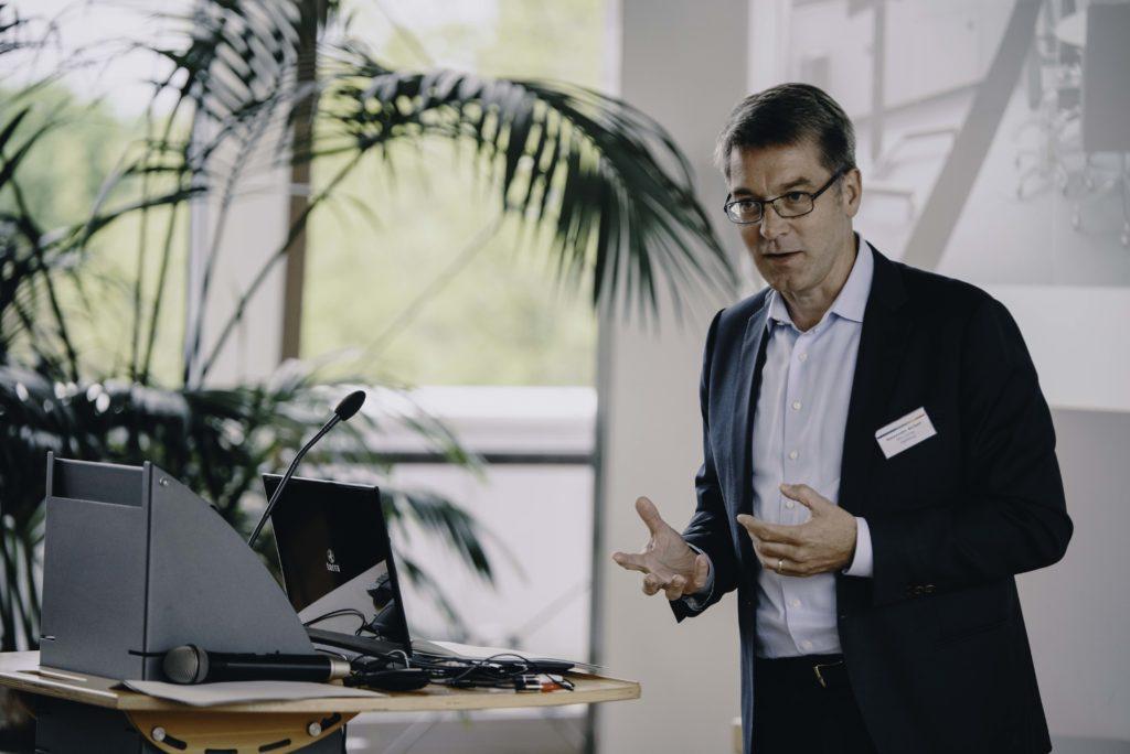 Alexander Birken, Vorstandsvorsitzender der Otto Group, bei seinem Vortrag 7 Thesen zur digitalen Transformation